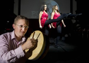 Brian Morrissy with Debbie O'Brien and Emma Foolkes, members of the cast of Pulses of Tradition 2015