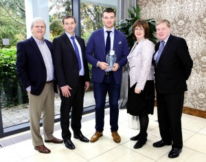 PETER O'MAHONY HONOURED. Peter O'Mahony received the  November Cork Person of the Month award to mark his glittering rugby career to date, with Munster and Ireland. Peter is presently recuperating from the knee injury he suffered at the World Cup. Pictured at the presentation l/r Manus O'Callaghan, Awards Organiser ; John Lehane, Lexus Cork (Sponsor) ; Peter O'Mahony, Cork Person of the Month ; Ann-Marie O'Sullivan, AM O'Sullivan PR (Sponsor) ; Pat Lemasney, Southern (Sponsor). Pic., by Tony O'Connell Photography.
