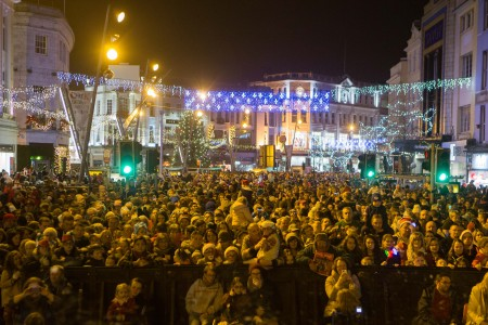 DKANE 13112016 REPRO FREE Presented by Cork City Council enjoying the Switching on of the Christmas Lights and the start of the festive season in Cork Pic Darragh Kane